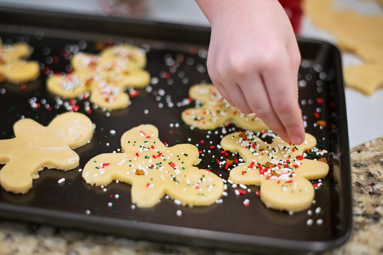 Proklatě sladké Vánoce aneb Co se stane, když budete jíst cukroví každý den?