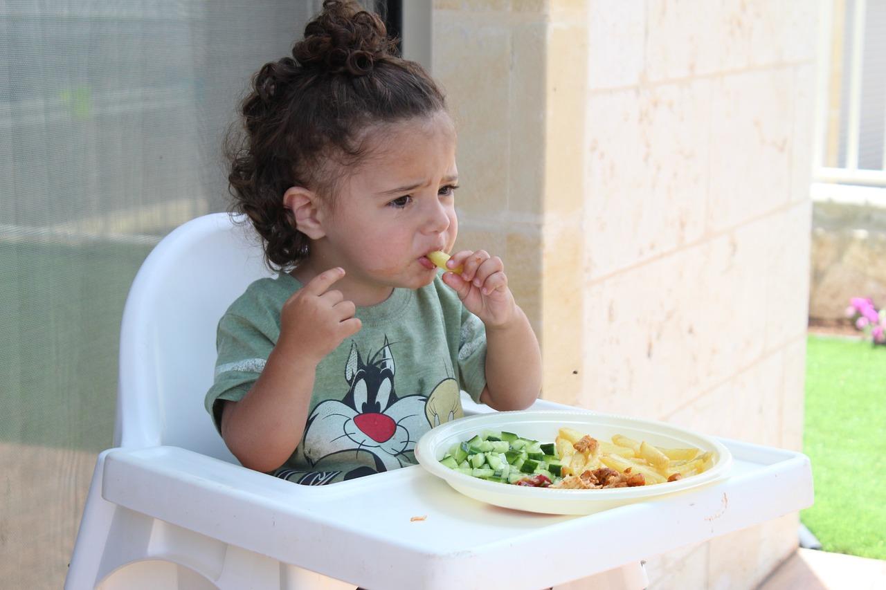 Děti z obezity jen tak nevyrostou. Jejich váhu mají v rukách rodiče!