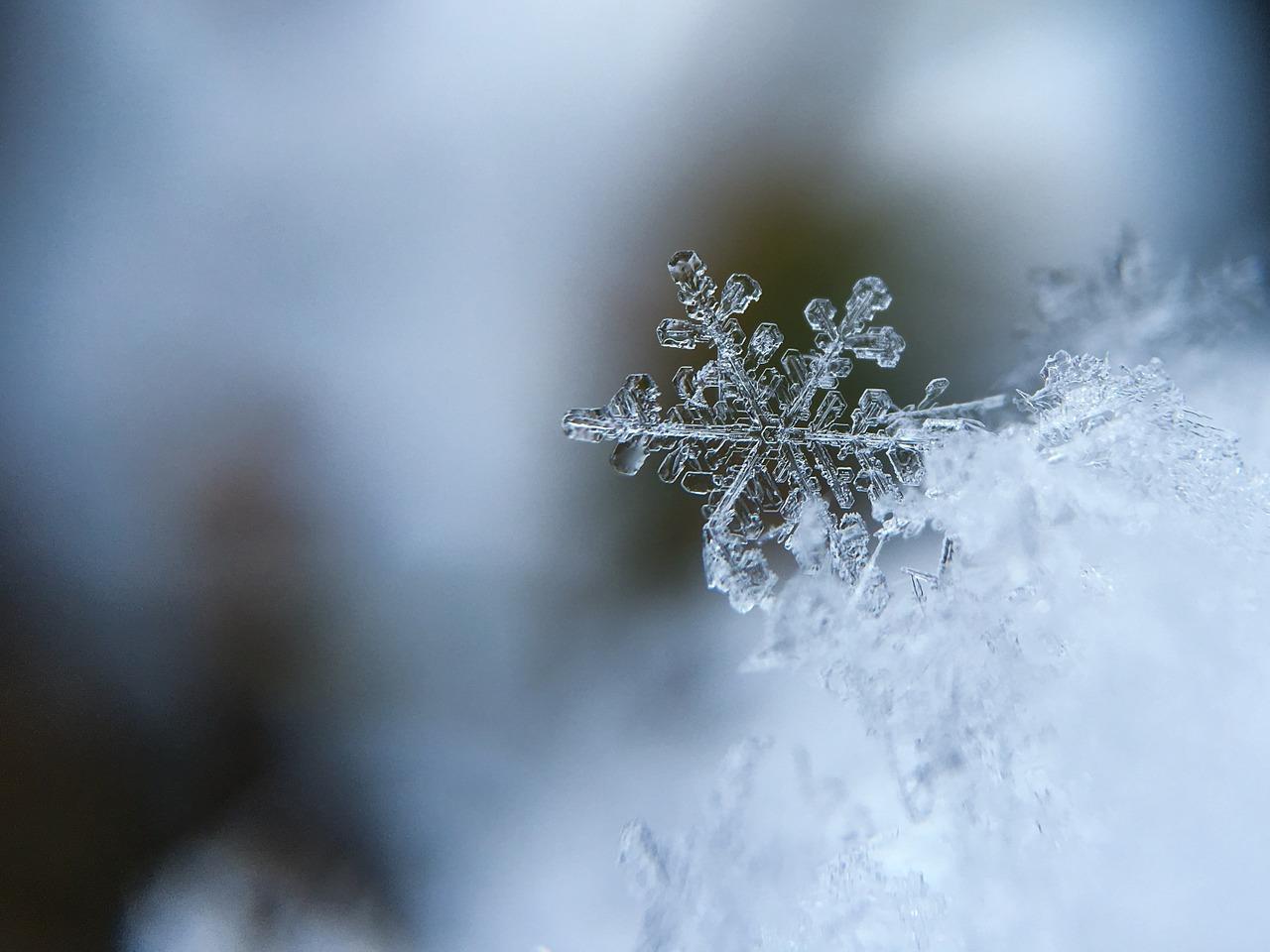 Odhazujete sníh správně? Pozor na záda!