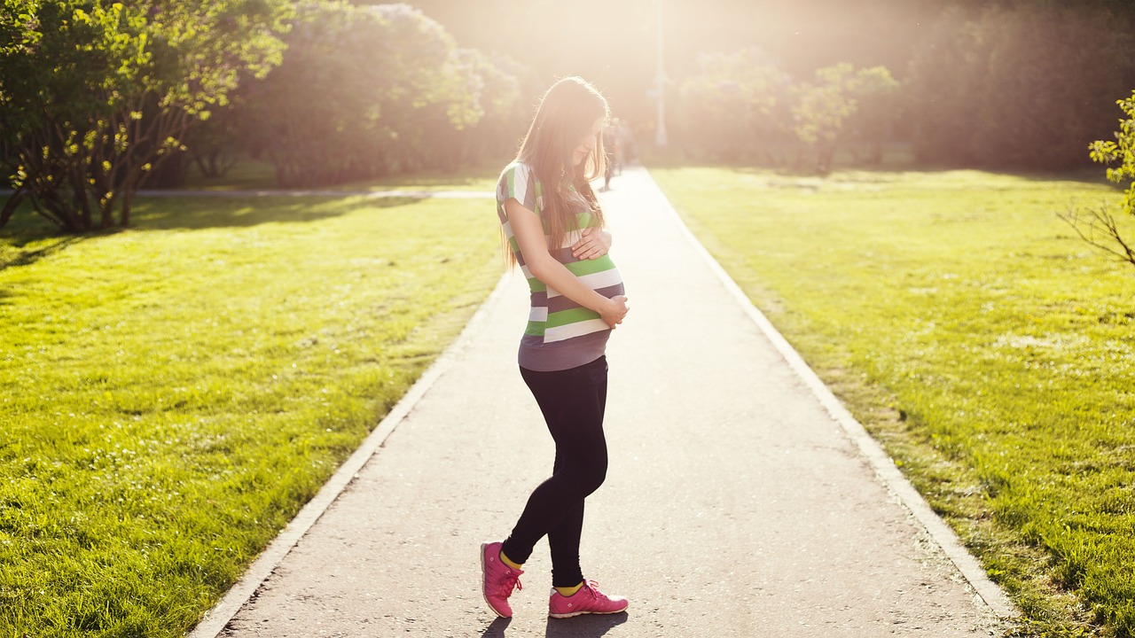 Cvičením k přirozenému porodu