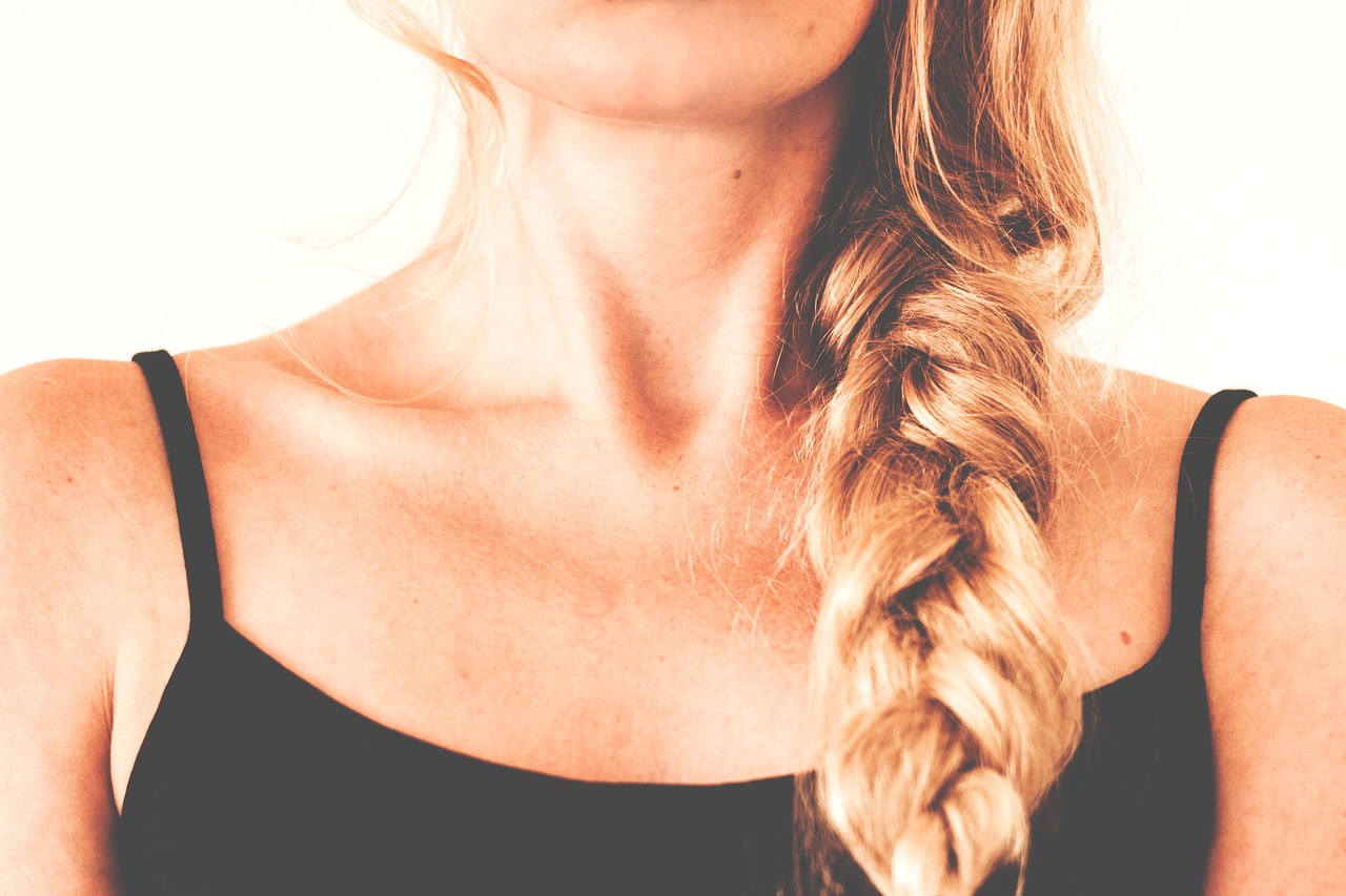 Onemocnění štítné žlázy postihuje častěji ženy