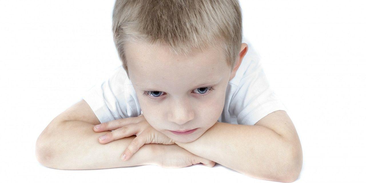 Zácpa u dětí: příznaky a léčba