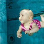 Kojenecké plavání