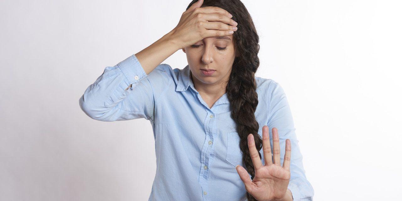 Nedostatek železa může vyvolat bolest hlavy